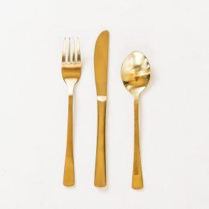 Goudkleurig bestek feestmateriaal verhuur