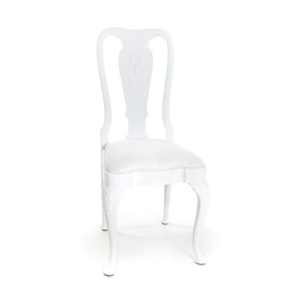 Witte houten elegante stoel