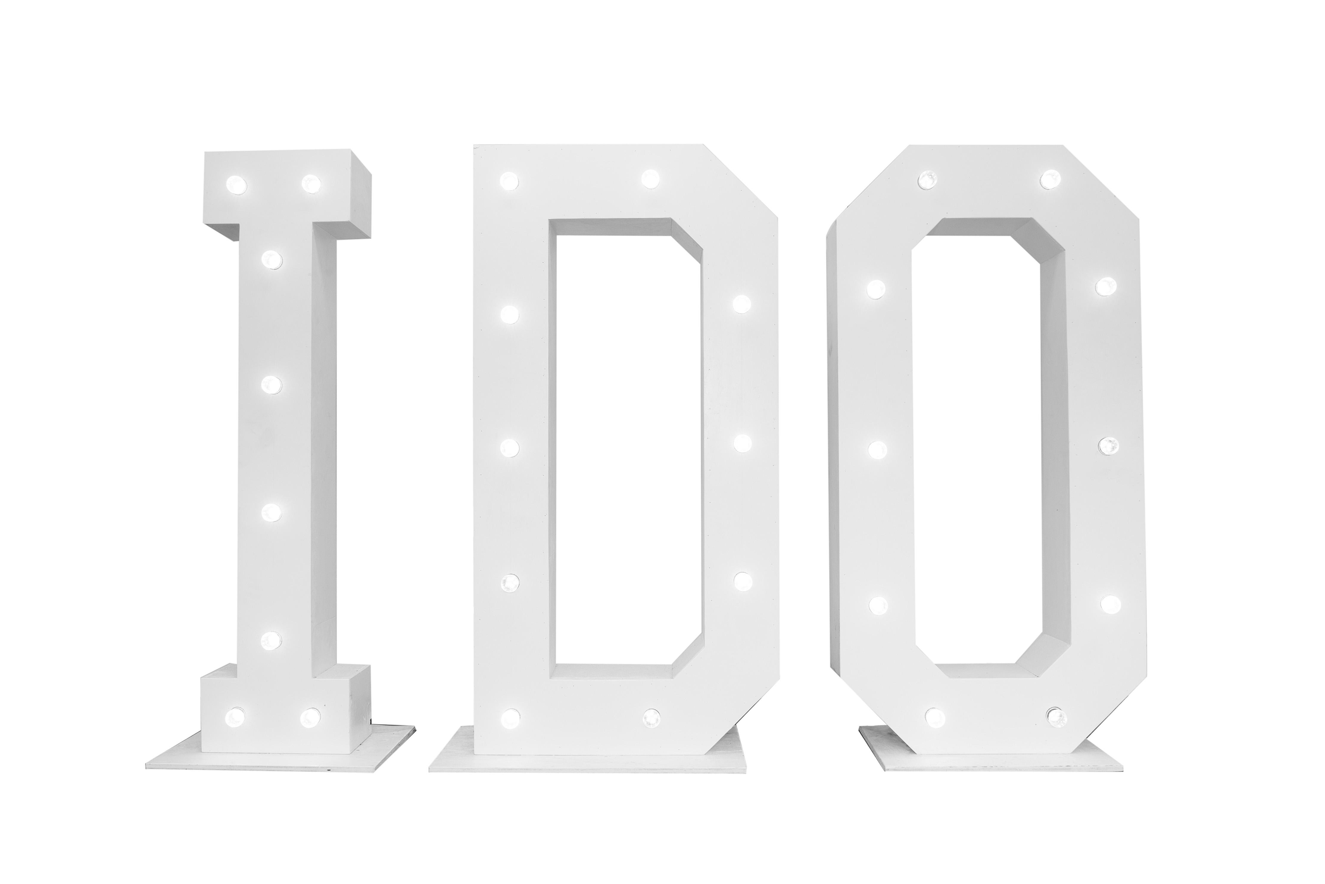 I DO letters met verlichting 1.60 m. Feestmateriaal verhuur